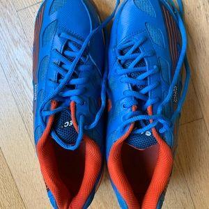Hi-Tec Court Shoes